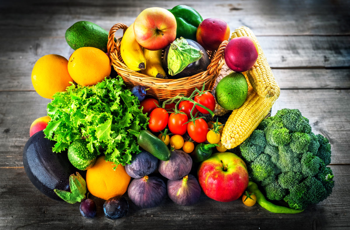 fresh-fruits-and-vegetables-PZQZMYS-1200x789.jpg